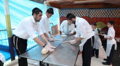 Sephardi Matzah Baking – thick matza!!