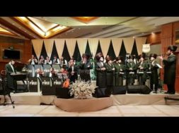 Akeidas Yitzchok, Isaac Honig, Zanvil Vienberger, Dudi Linker and Malchus choir.
